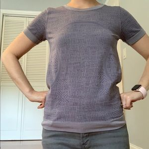 NWOT Lululemon Purple Patterned Woven T Shirt sz 4